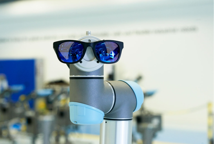 Cobots: el uso del robot colaborativo para acabar con la ceguera