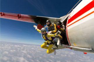 Sobrevive a caída de 4 mil metros de altura