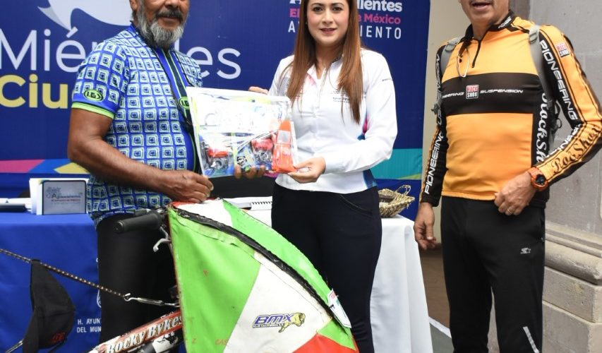 Cicloviajero mundial reconoce el trabajo de Jiménez en la ciudad