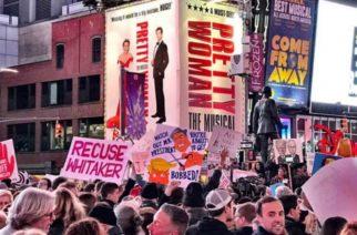 Cientos de personas protestan contra Trump en Nueva York