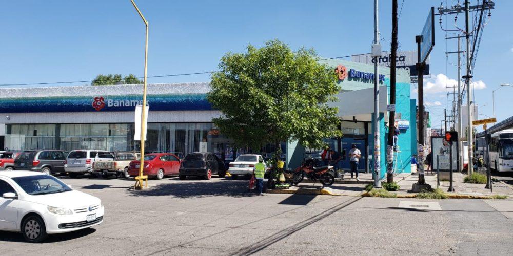 """""""Paqueros"""" le birlan 100 mil pesos a sexagenaria en Aguascalientes"""