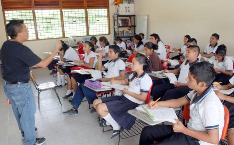 100 mil maestros cobran sin dar clases, revelan organizaciones