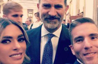 La polémica selfie de Galilea Montijo con el rey Felipe de España