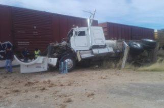 Otra vez intentaron ganarle al tren en Aguascalientes