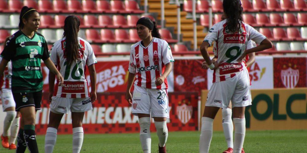 Centellas debuta con derrota en casa ante Torreón