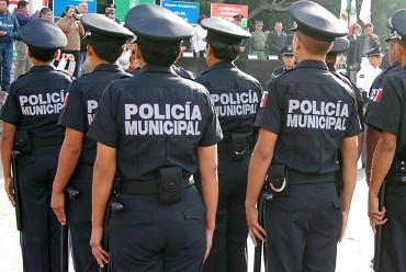 Darán de baja a una veintena  de policías municipales de Ags: Monreal