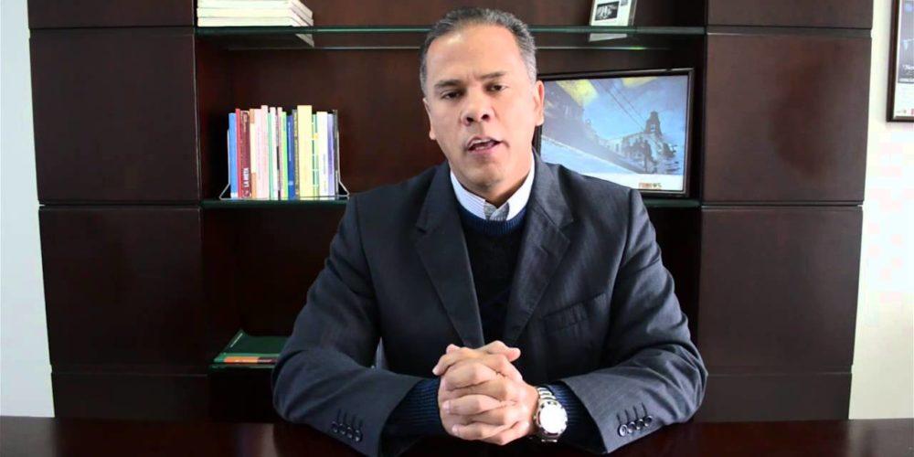 Deja Antonio Arámbula la Secretaría de Administración del Muniags