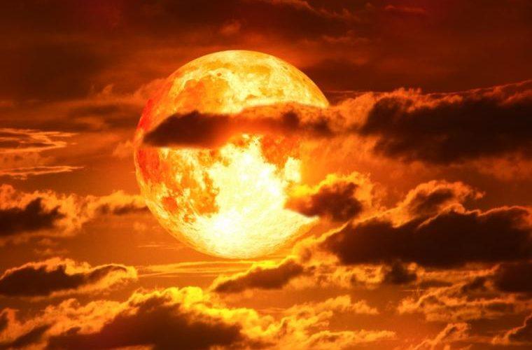 Se acerca una súper luna de sangre