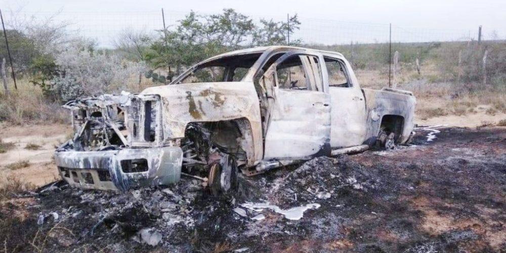 En Tamaulipas hallan 19 cuerpos calcinados en camionetas