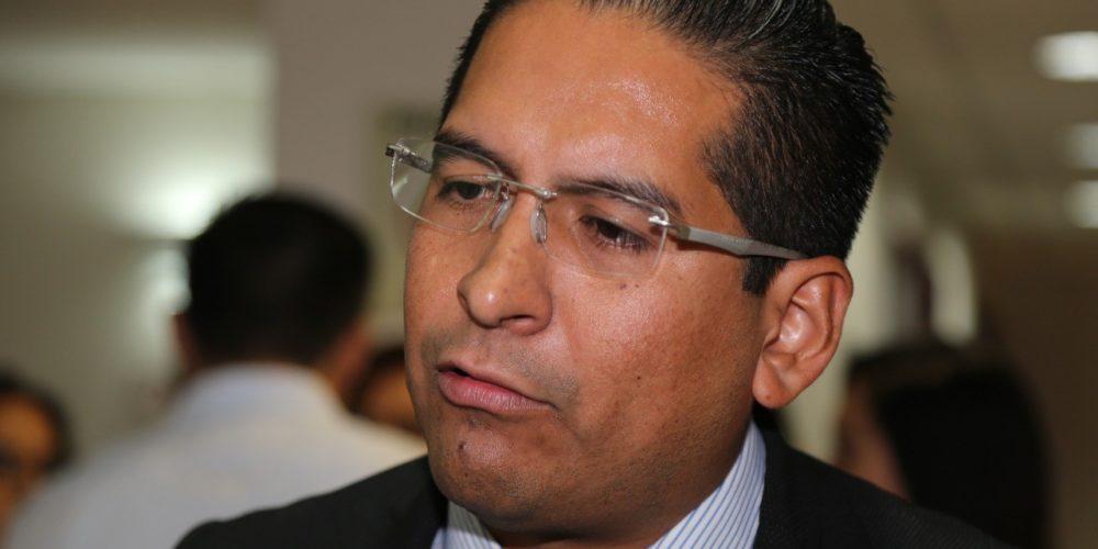 Estudian retirar entrega de vales de  gasolina a diputados de Aguascalientes