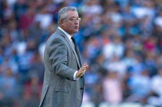 Querétaro hace oficial el regreso de Víctor Manuel Vucetich
