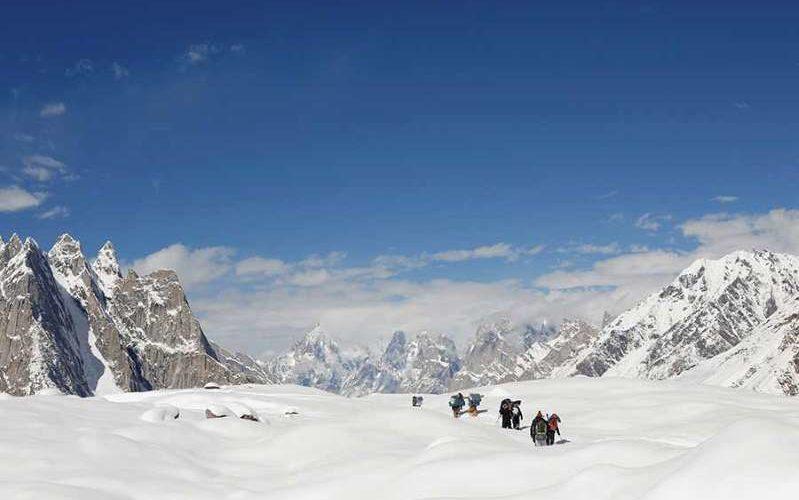 Glaciares del Himalaya podrían desaparecer en este siglo