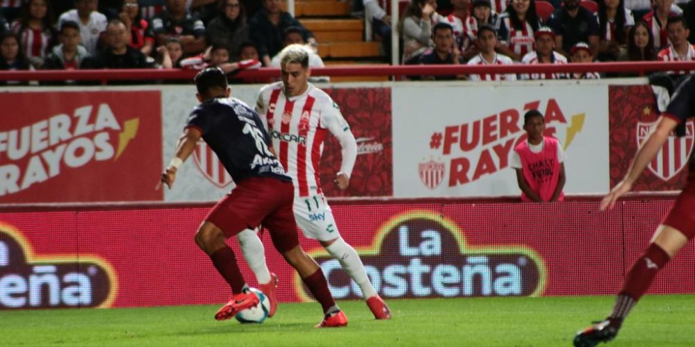 Vibrante empate entre Rayos y Chivas en el Victoria
