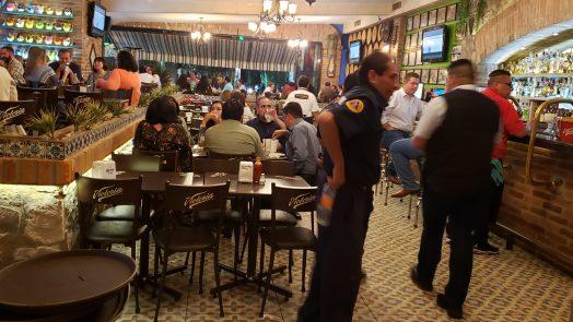 Supervisan medidas de seguridad en bares, centros nocturnos y restaurantes