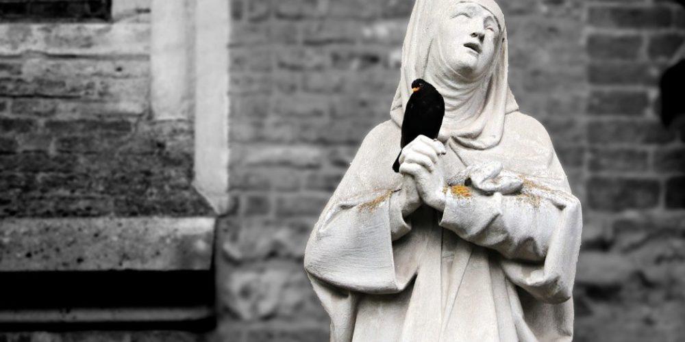 """La historia de la monja que fingió su muerte para disfrutar de la """"lujuria carnal"""""""