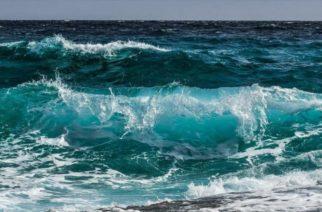 Científicos descubren cómo generar combustible con agua de mar