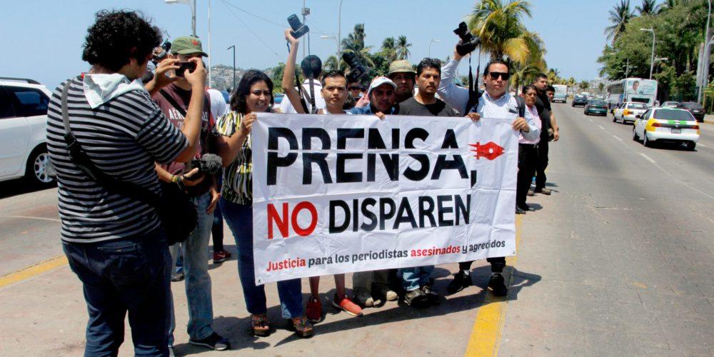 El Gobierno anterior entregó a empresa privada la protección de periodistas y defensores: Encinas