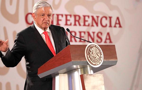 Denuncia AMLO por lavado de dinero a empresas relacionadas con gobierno de Peña Nieto