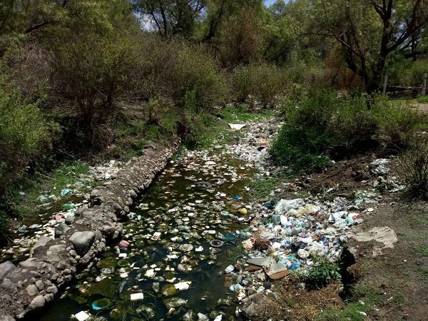 Denuncian fuerte contaminación en ríos y arroyos de Aguascalientes