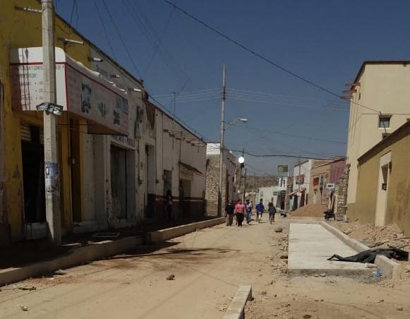 Tortuguismo en obra de GobAgs y del Chulo Rivera fastidia comercios y habitantes en RdeR