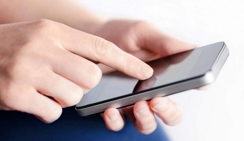 Joven quedó ciega tras jugar 24 horas continúas con el celular