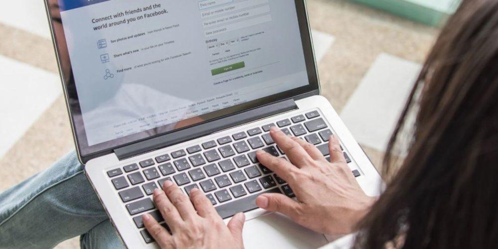 Facebook permitirá borrar historial y parte de los datos personales