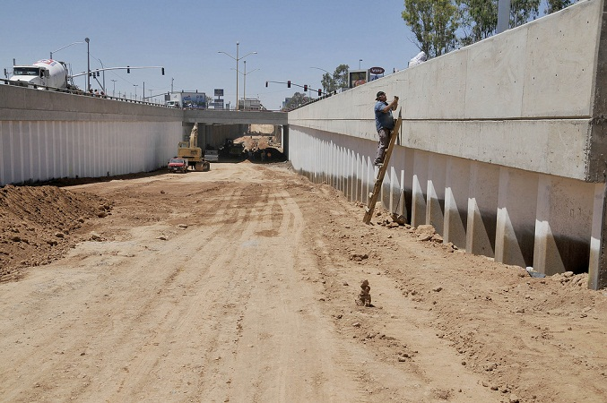 15 comercios se verán afectados por obras de nuevo paso a desnivel en Aguascalientes