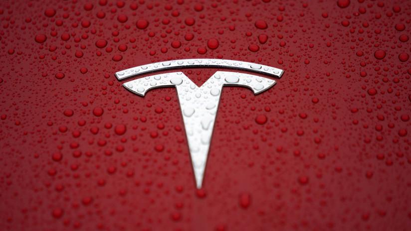 Tesla cierra tiendas en todo el mundo y rematan el Model 3