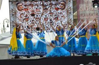 Se celebra el Día Internacional de la Danza en el Corredor Carranza