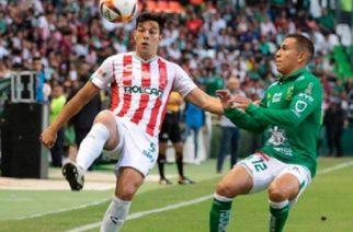León supera a Necaxa 2 a 1