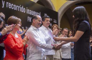 Entrega Orozco el Premio Nacional de Arte Joven