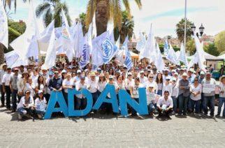 Promete Adán Valdivia fortalecer apoyos al deporte en Calvillo