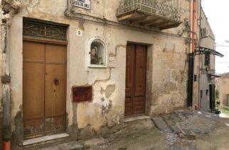 Italia remata casas y departamentos por 25 pesos