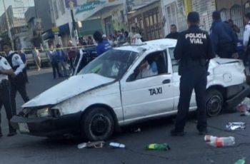 Taxista provoca accidente que deja 5 heridos y cuantiosos daños