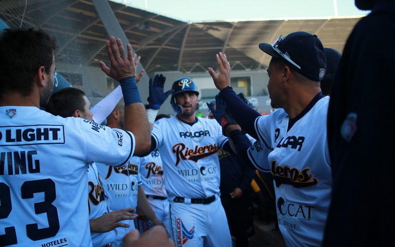 Escandalosa paliza de Rieleros a Oaxaca para ganar la serie 22 a 6