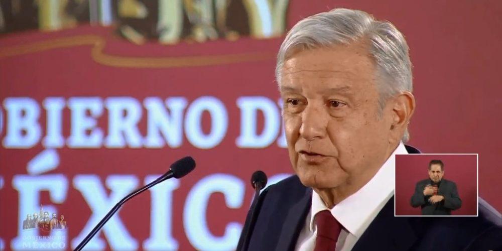 """Celebra AMLO marchas opositoras: """"tienen todo su derecho"""""""