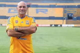 Murió Osvaldo Batocletti leyenda de Tigres de la UANL
