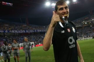 Iker Casillas anuncia que no es momento para su retiro