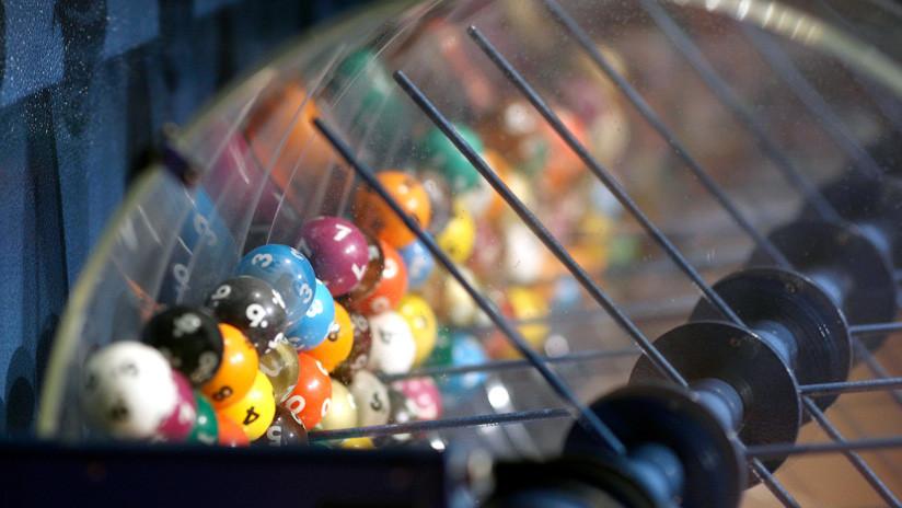 Hombre despilfarra rápidamente los 20 mdd que ganó en la lotería