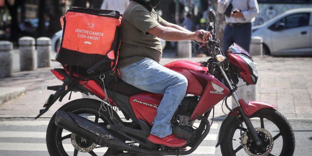 Pagarán impuestos choferes y repartidores de Uber y similares
