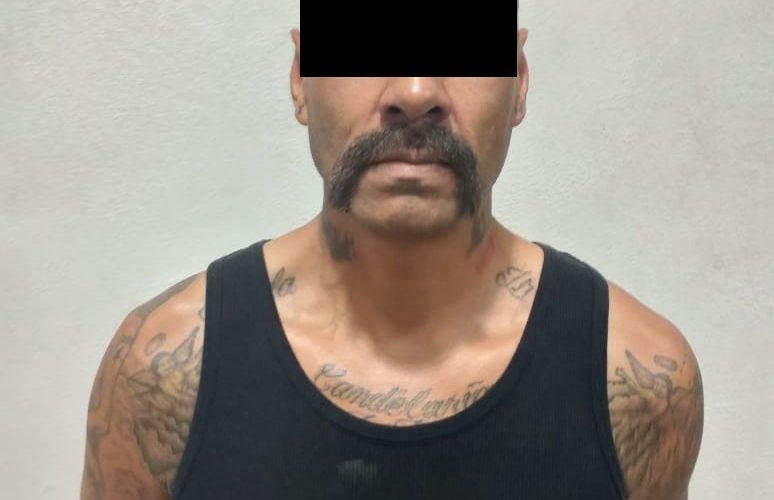 Cae distribuidor de drogas con una arma en su poder en Tepezalá