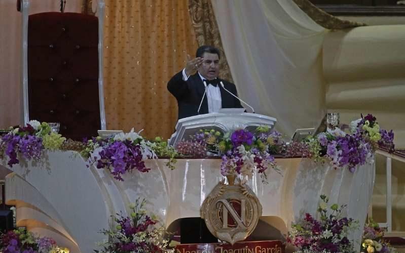 Naasón Joaquín no aparece en el registro de Ministros ante la Segob