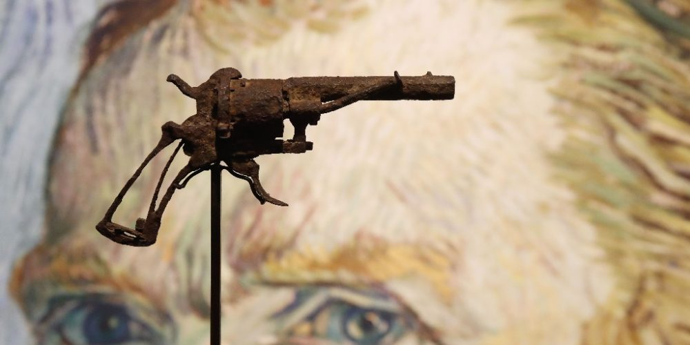 A subasta revólver con el que suponen se suicidó Van Gogh