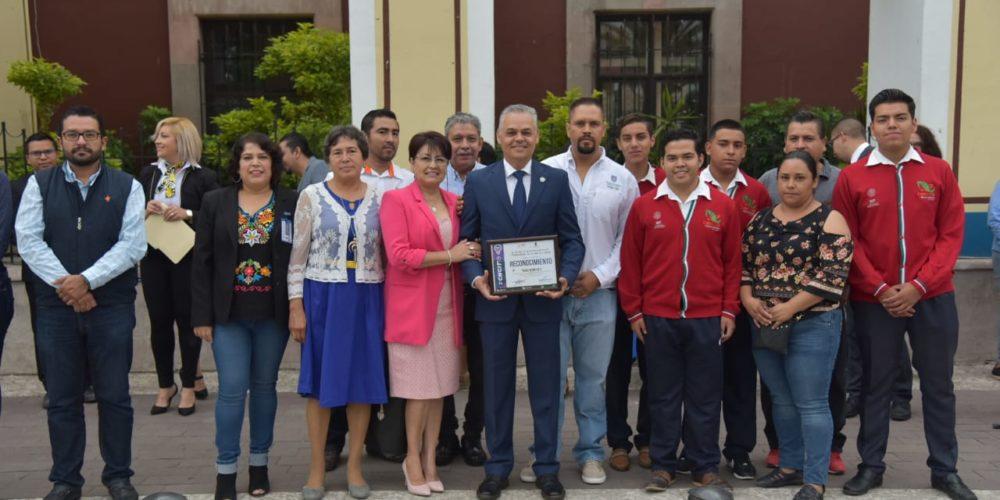 Alumnos de CECyTEA de Jesús María obtienen tercer lugar en concurso de Innovación Tecnológica