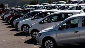 Se desploman ventas de autos en un 11%