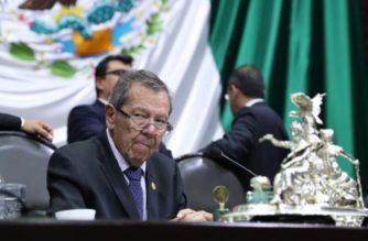 Muñoz Ledo considera desaparecer poderes en Baja California