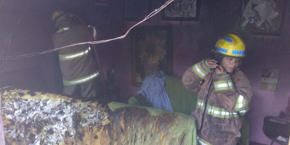 Bomberos sofocaron incendio domiciliario en Jesús María