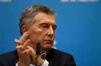 Macri y Fernández entablan diálogo por crisis de los mercados