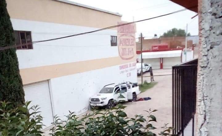 1 muerto y 1 herido deja balacera en el Bajío de San José, Jalisco