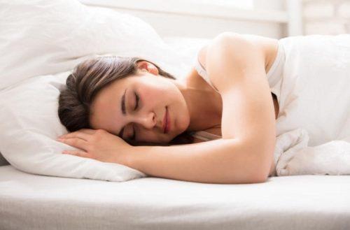 ¿Cómo empezar a dormir más de 6 horas?